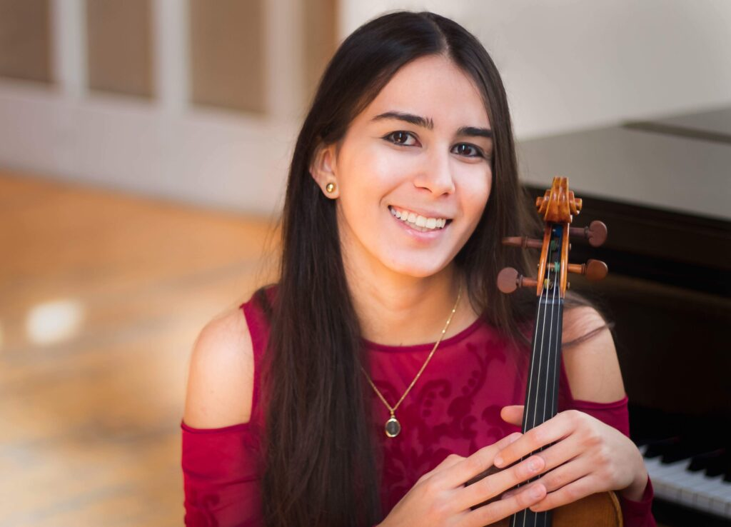 Valentina Guillen Menselo Headshot